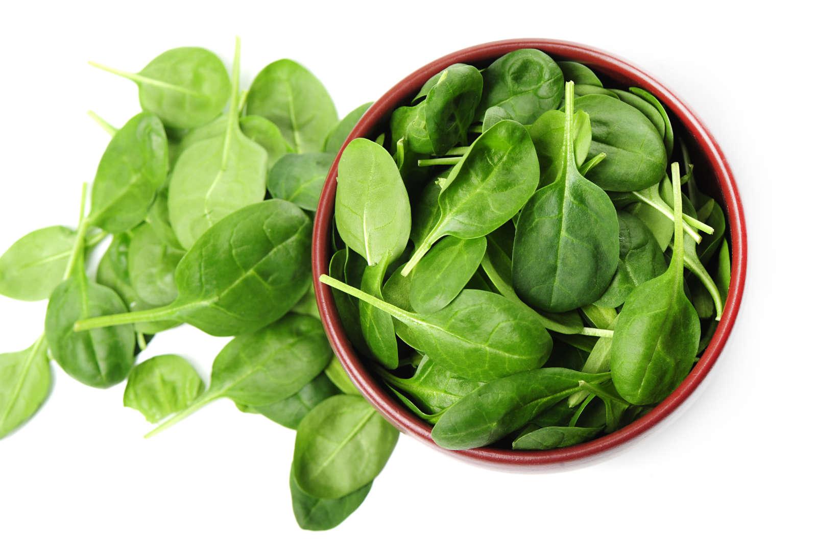 spenótban sok a magnézium és a k-vitamin